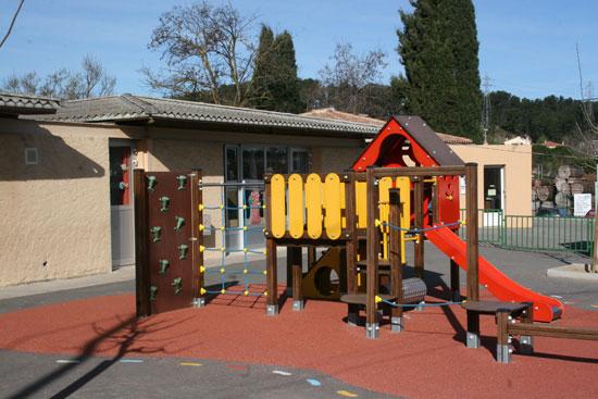 Super Ecole Saint Joseph - Gardanne - De la maternelle au CM2 QT84